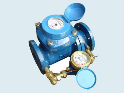 Combination water meters